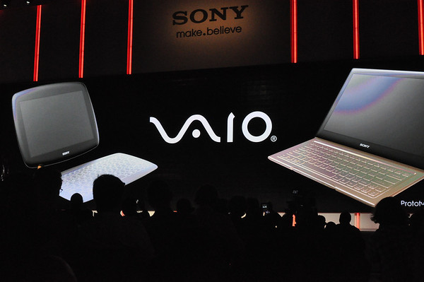 Photo Sony VAIO computers at CES